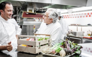 Alain Ducasse au Plaza Athénée, « naturalness » in an opulent dining room