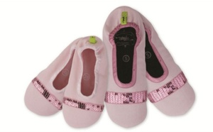 Nayla Slippers : for tiny little feet and a bit bigger ones