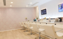 Girly party at airplay blow dry bar