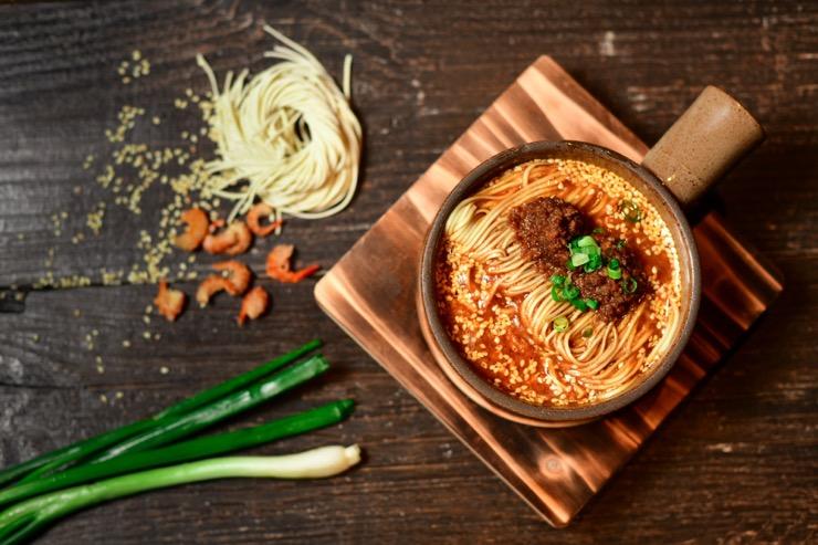 1935 – les délices du Sichuan à la sauce cantonaise