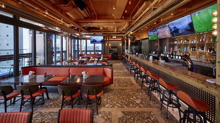 Ministry of Mussels : bar de sports la semaine et restaurant familial le weekend