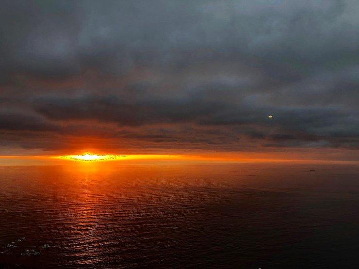 Coucher de soleil sur l'océan depuis Lion's Head