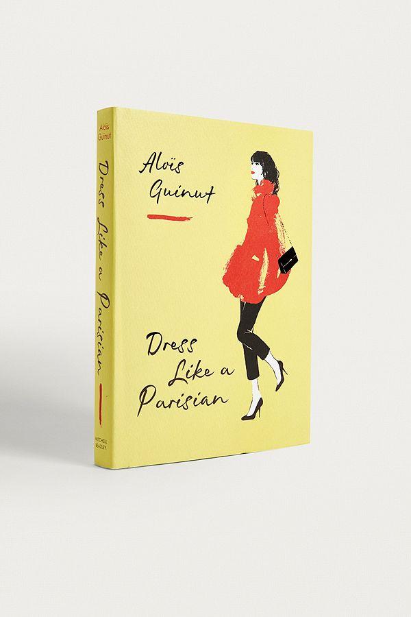 3 livres pour peaufiner son look Français à quelques jours de la Fashion Week de Paris