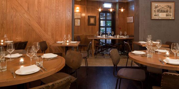 Stone Nullah Tavern Weekend BBQ:  ambiance western au coeur de Wan Chai