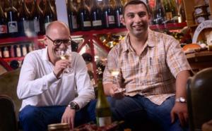 Cristobal et Karim – fondateurs de La Cabane et amoureux des vins naturels