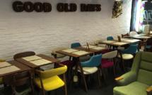 Good Old Days: le premier café où l'on peut repartir en achetant la table !